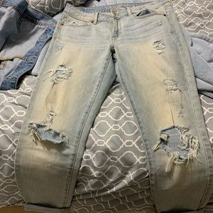 2/$30 Light wash ripped jeans